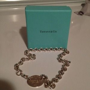 Tiffany and Co. Oval tag necklace
