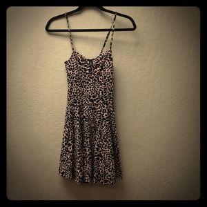 Dresses & Skirts - GONE! Leopard print dress