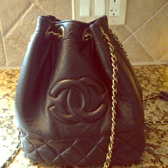 4caaab3f15bd CHANEL Handbags - Vintage Chanel bag 💝make offer💝