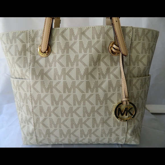 34e3df326add4 MICHAEL Michael Kors East-West Signature Tote