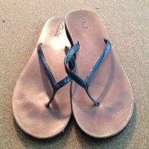 Clarks Flip Flops ❤