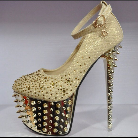 Gold embellished/ spiked platform heels. 8 from Katy&39s closet on