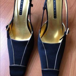 Black/Gold Nine West Sling Back Heels