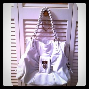 Handbags - White Leather Purse