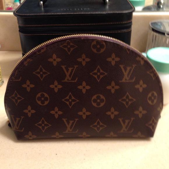 Faux Louis Vuitton Cosmetic Bag Jaguar Clubs Of North