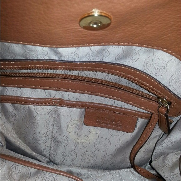 michael kors handbags black friday michael kors wallet black and beige