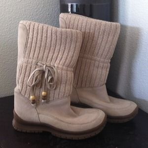HoldSteve Madden Cream Suede Boots Wood Beads