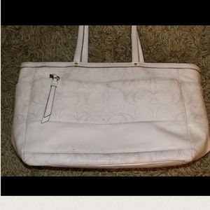 70 off coach handbags extra large coach patent stitch diaper bag white from. Black Bedroom Furniture Sets. Home Design Ideas