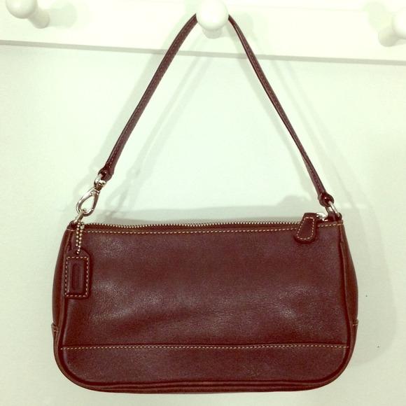 83 Off Coach Handbags 🐚sale🐚 Authentic Coach Brown