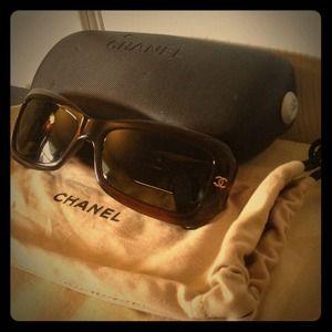 💯Authentic Chanel Sun classic😎