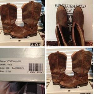 Wyatt Harness Frye cowgirl boots.