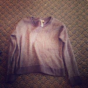 Beautiful sweater size medium!
