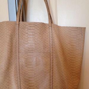 hermes lindy bag price - Banana Republic Bags | Totes - on Poshmark