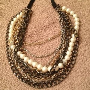 💢REDUCED AGAIN💢 Chain link and Pearl Necklace