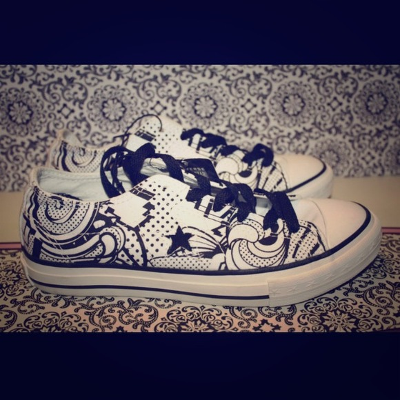 Converse DIY Swirl Shoes 5e5e3d932
