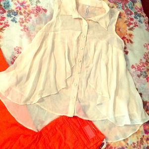 ZINGA Tops - Gorgeous Cream Blouse