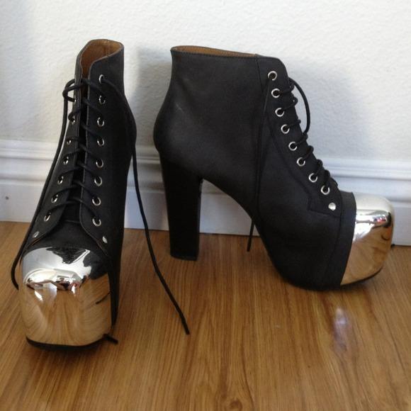 38db555988ea Jeffrey Campbell Boots - Jeffrey Campbell Lita silver cap toe black sz 8