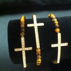 Jewelry - Beaded brown sideways cross bracelet