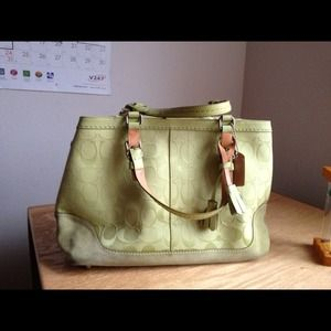Reduced. Auth Coach bag.