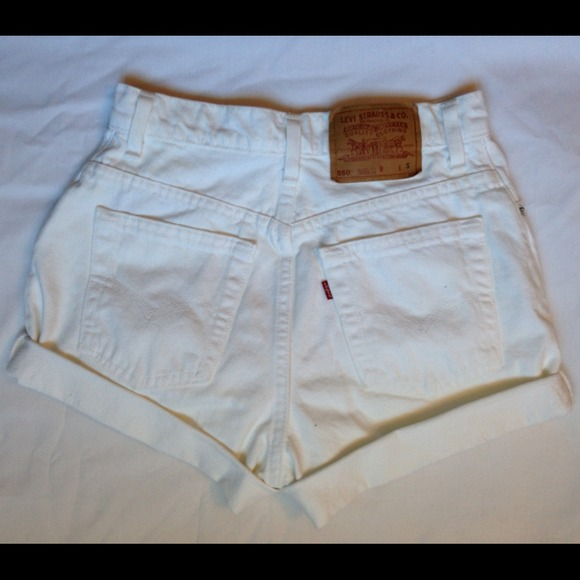 Levi's - ⛔SOLD⛔ White denim high waisted shorts from Jule's ...