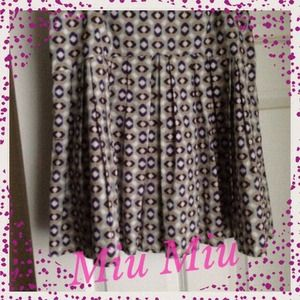 Gorgeous MiuMiu skirt!🎉2XHost Pick 8/30 &9/4🎉