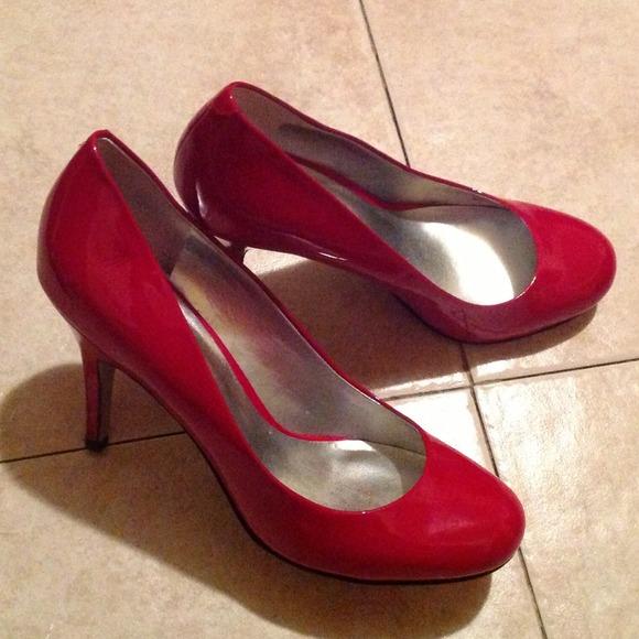 Jessica Simpson - Jessica Simpson Red Patent Shoes Pumps Heels Sz ...