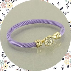 Hannah Beury Jewelry - Cable Hook Bracelet
