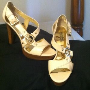 Michael Kors heels Price Reduced!