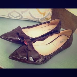 ⬇ Prada Bow Flats in Dark Burgundy