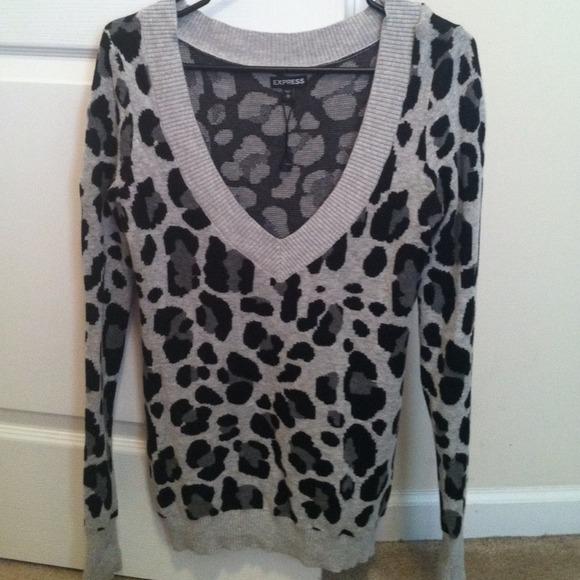 Express - 🎀Express leopard print v neck sweater🎀 from 🎀kayla ...