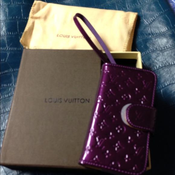 2395346818ac Louis Vuitton Accessories - Louis Vuitton iPhone 5 case