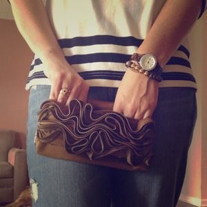J. Crew Clutches & Wallets - J. Crew zig zag zipper clutch