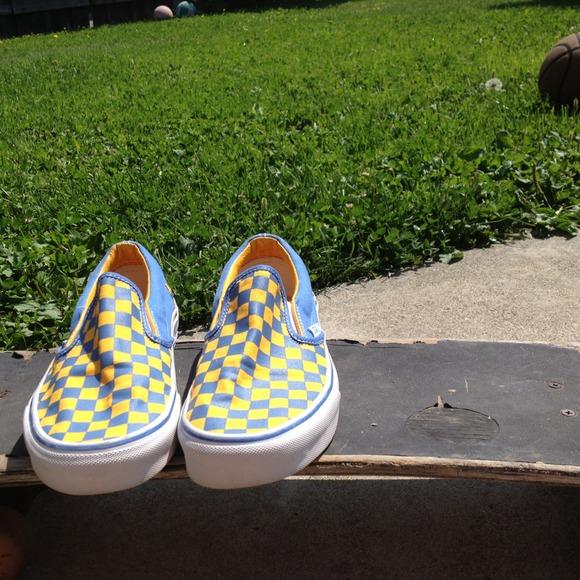 fa2494e3011f40 Blue and yellow checkered Vans. M 51d1c1786fff253a3a03fee3