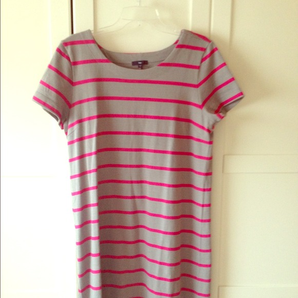 new authentic how to buy 100% top quality Grey with pink stripes Tshirt dress.
