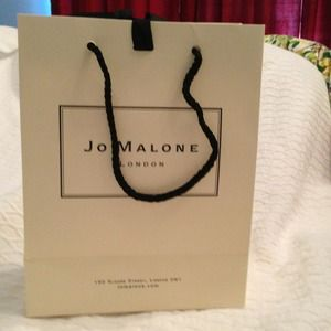 jo malone jo malone perfume box and a gift bag from dee. Black Bedroom Furniture Sets. Home Design Ideas