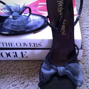 Yves Saint Laurent Shoes - 🎉HP SALE🎉 Yves Saint Laurent Bow Heels