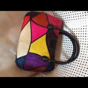 Vintage multi color straw handbag
