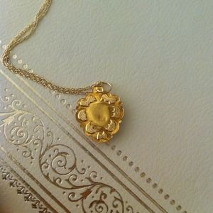 18k ring stamp with 750 & 14k stamp pendant