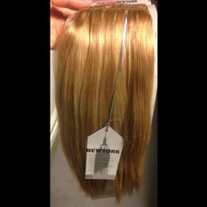 Sally Hansen Clip On Hair Extensions 44