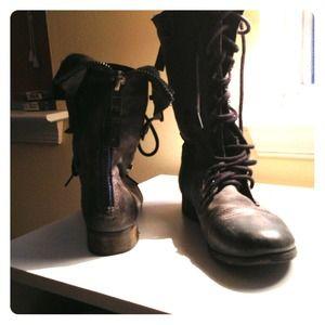 steve madden boots blue zipper on Poshmark