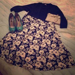 GAP Black & Ivory Floral Cotton A-Line Skirt