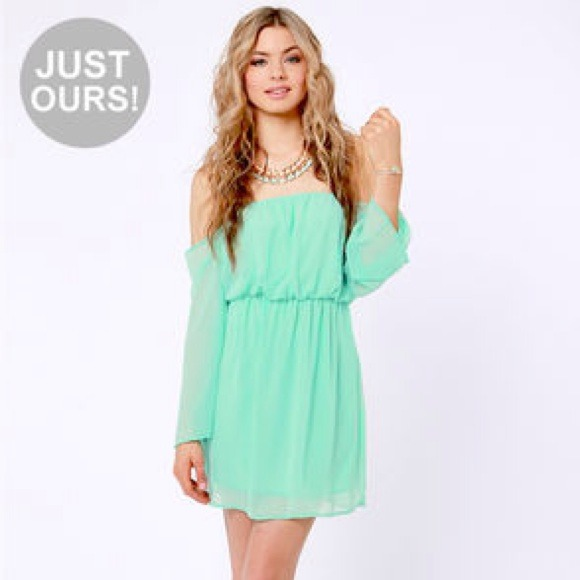 3e92c9c107e0 Lulus Dresses   Skirts - NWOT Mint Off The Shoulder Summer Dress 🎀