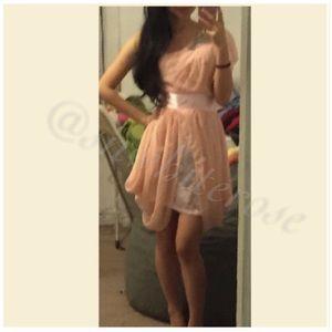 Dresses & Skirts - Romantic One-Shoulder Dress