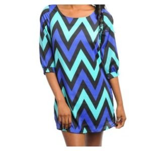 Dresses & Skirts - L Chevron dress @mleeex3