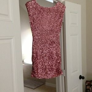 Alice + Olivia sequin key hole back dress.