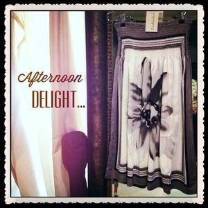 Christina Love Dresses & Skirts - SALE!✂️✂️✂️Cristina Love scarf print dress