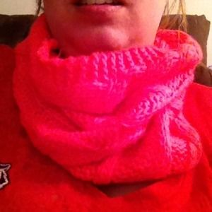 💢REDUCED AGAIN💢 Infinity Cowl Knit Scarf