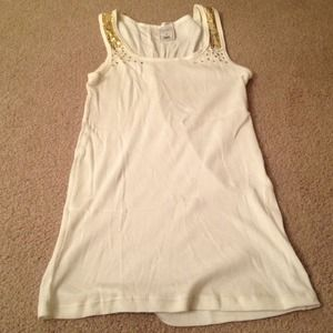 💢REDUCED AGAIN💢 Cream tank with Gold sequins