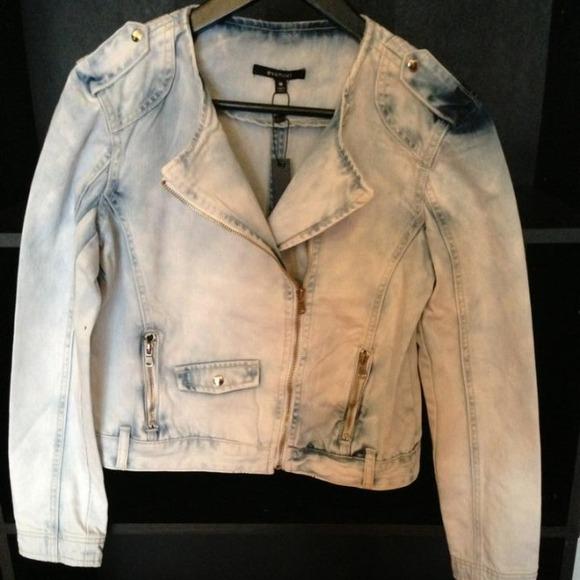 🎀Posh Blog Featured item🎀Denim Jacket