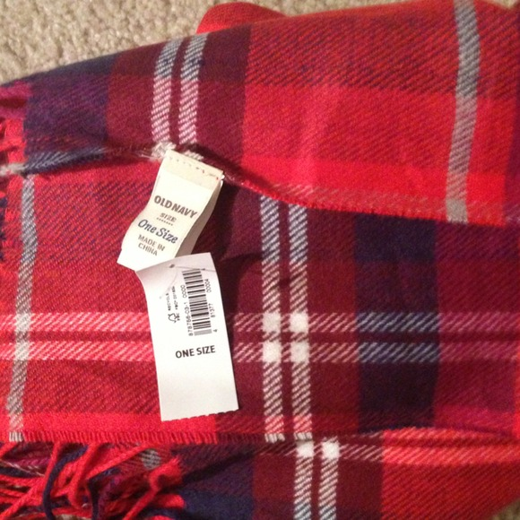 Old Navy Red Plaid Scarf Old Navy Plaid Scarf❤ 4